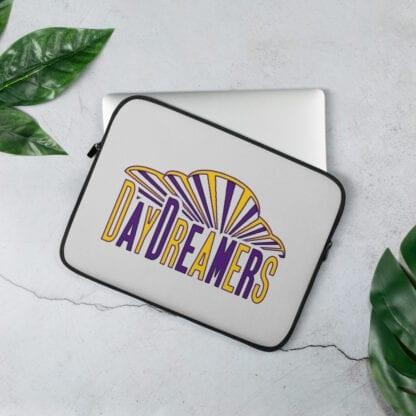 DayDreamers Laptop sleeve (13in)